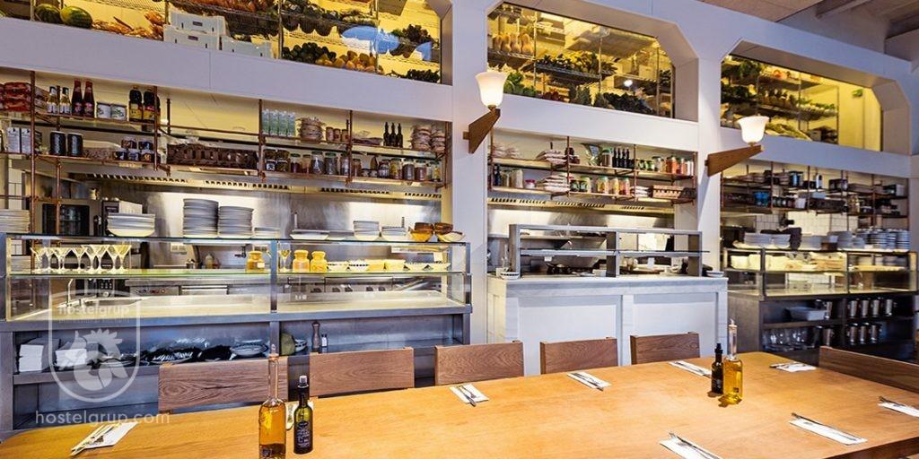 Flax-&-Kale-Restaurant-hostelgrup-Barcelona