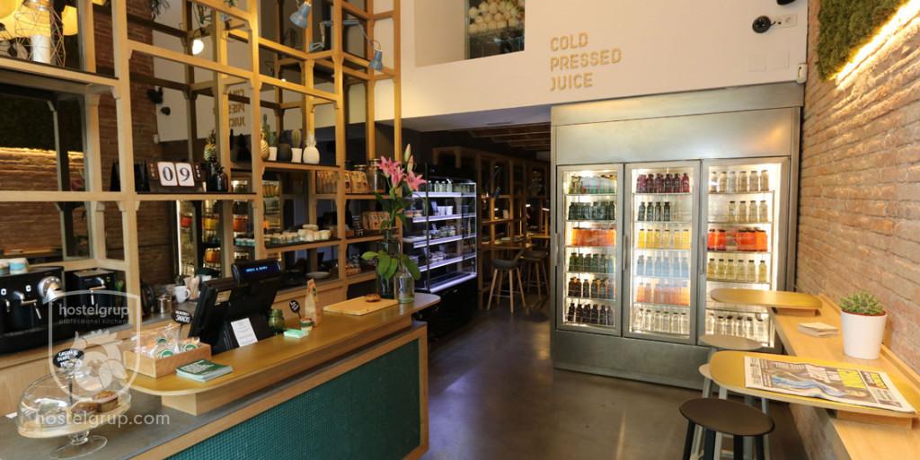 Restaurant -green-and-berry-enric-granados-barcelona