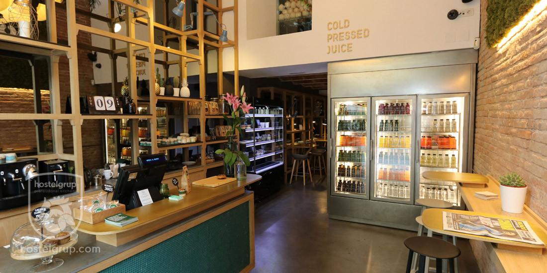 interior-Restaurant -green-and-berry-del-carrer-enric-granados-barcelona